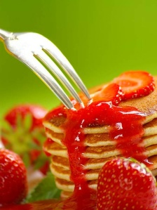Cottage cheese pancakes with strawberry butter