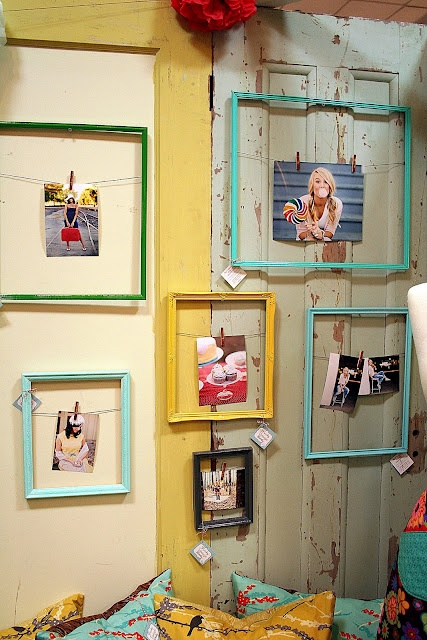 Recycling vintage frames in a casual manner!