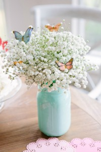 Baby's breath and butterflies are so fresh and inviting, says TGtbT.com